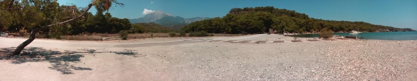 Şekil 12. Göletin bağlantısının yol ve dolan tünel nedeniyle kesilmesinin görüntüsü